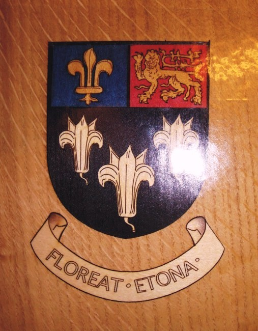 Eton College Crest for gift boxes