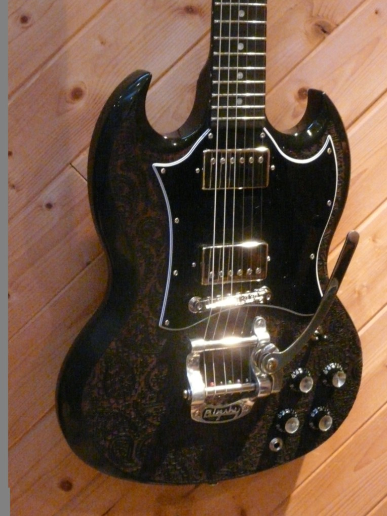 Paisley Engraved Gibson SG for Kim Halliday April 2010